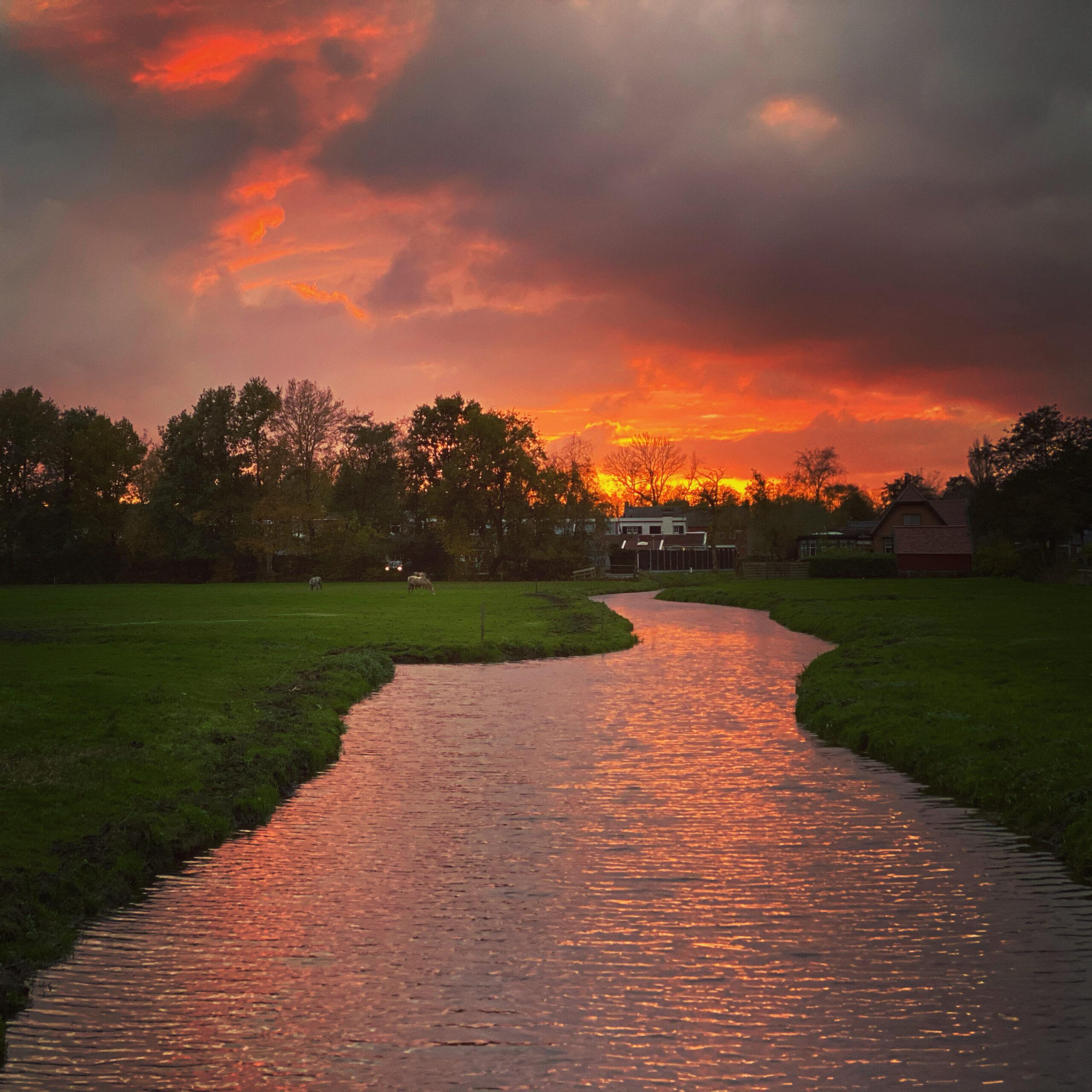 Avondzon in Oostwold